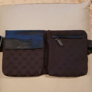 Gucci black fanny pack